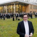 Peter Sommerer ist Dirigent  der Sächsischen Bläserphilharmonie