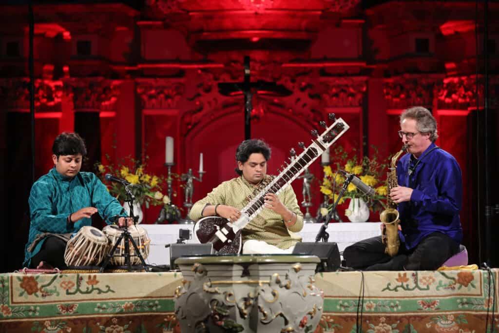 Trio Benares