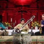Saxofonisten und Raga-Jazz. Jamsession kommt aus Indien